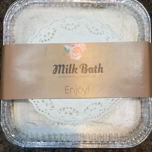 THE ULTIMATE MILK BATH CAKE WITH FLA