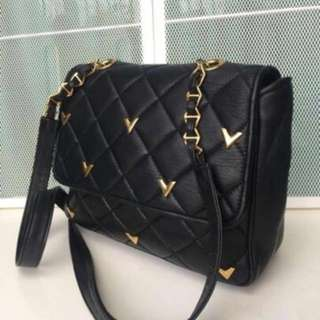 Authentic Valentino Sling Bag (FREE WITH PURCHASE RM300 OR CAN SWAP)