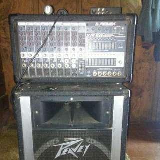 Peavy amp and speaker