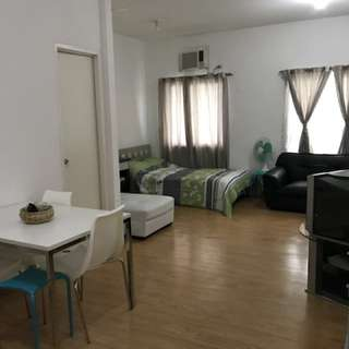 Studio unit for Rent