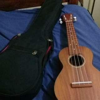 custom mahogany ukulele