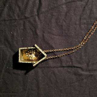 Long necklace with house heart and key