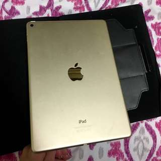 IPAD AIR 2 64GB WITH BOX