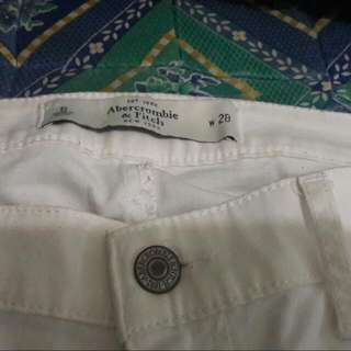 FREE SHIPPING!Original Abercrombie And Fitch White Pants