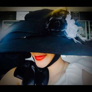 Designers 🎩, allanah hill flower headpiece, cabaret/ball headpiece