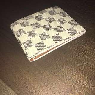 Original Louis Vuitton white plaid wallet