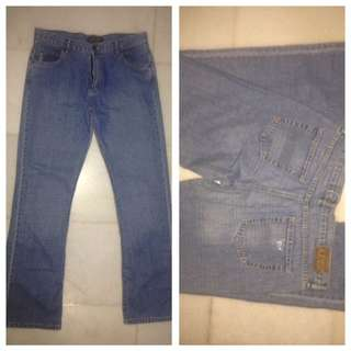 Authentic and Rare Armani Jeans for Ladies (Indigo Series No. 003). Size 32UK. Made In Italy (Simin T SpA). Excellent Condition