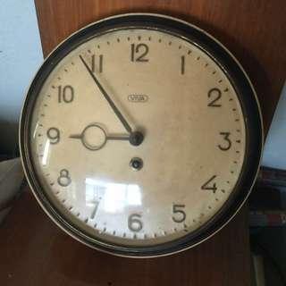 viva wall clock vintage