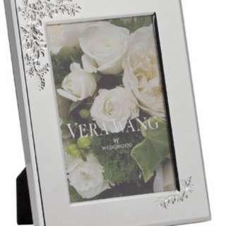 Vera Wang Wedgwood 4x6 photo frame