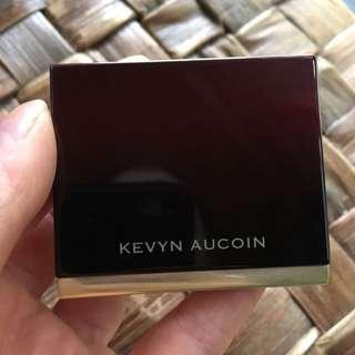 Kevyn Aucoin Highlighter