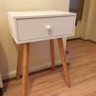 Side table/hall table