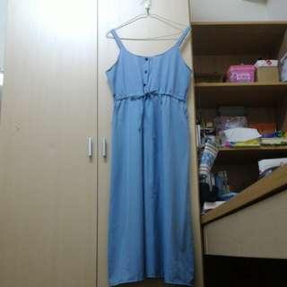 🚚 藍色長裙