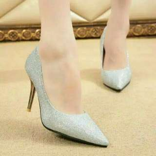 Dalleya Shoes Blink2