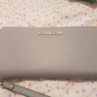 Michael kors jet travel purse
