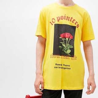 🚚 Bershka玫瑰荊棘T恤
