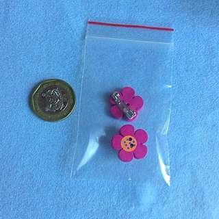 Small flower brooch: hot pink