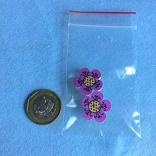 Small flower brooch: mauve