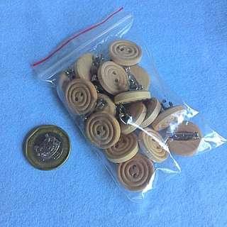 Wooden button pins
