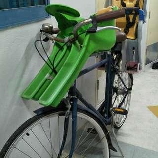 Bobbin Daytripper bicycle for sale.