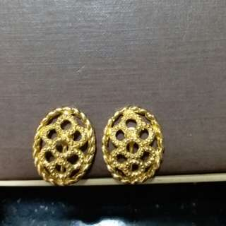 Christian dior vintage clipon earring