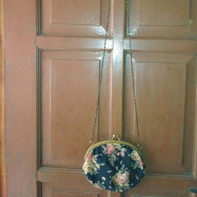Anna Sui Sling Bag