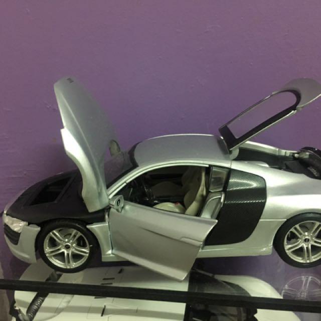 Audi R8 Sold