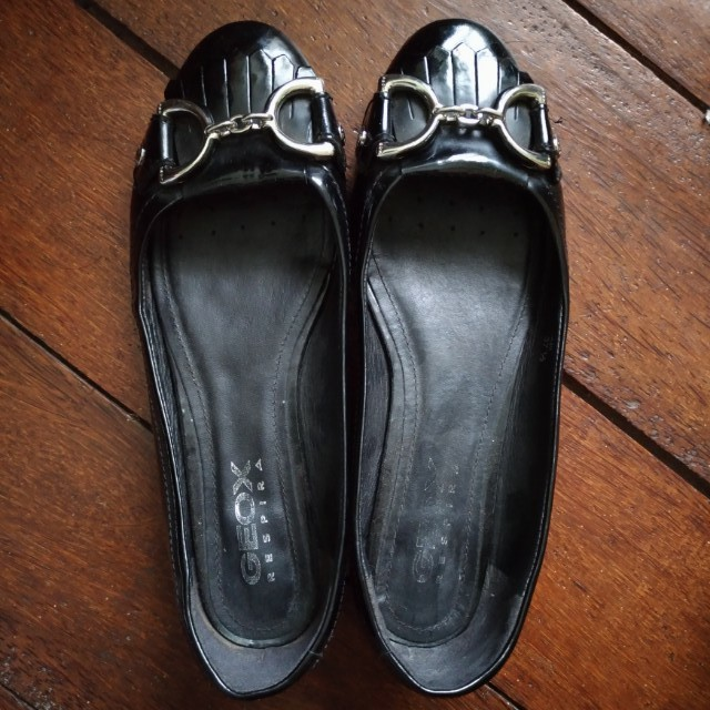 Authentic (Ori) Preloved Geox Respira Black Flat Shoes