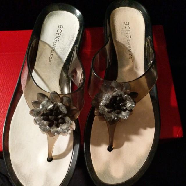 Bcbg size 10 sandals