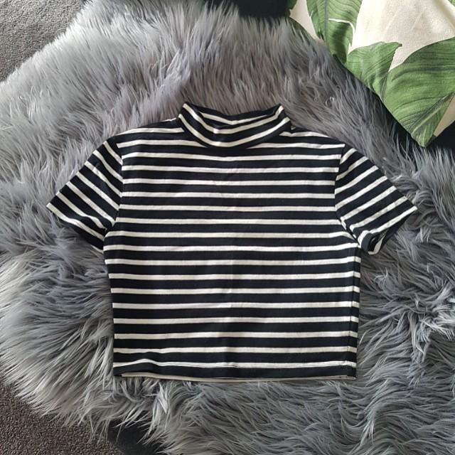 Black and White Stripe Crop