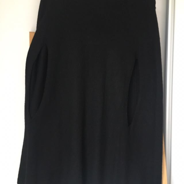 Black Cape Jumper - Size L