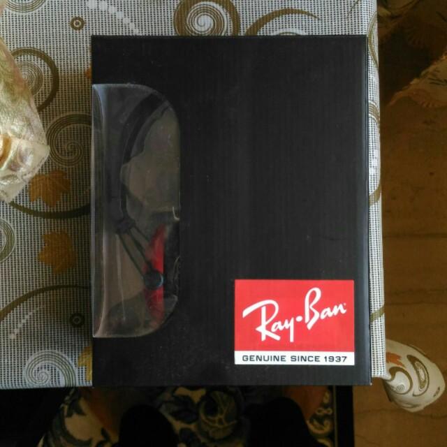 BNIB Ray Ban Headphones