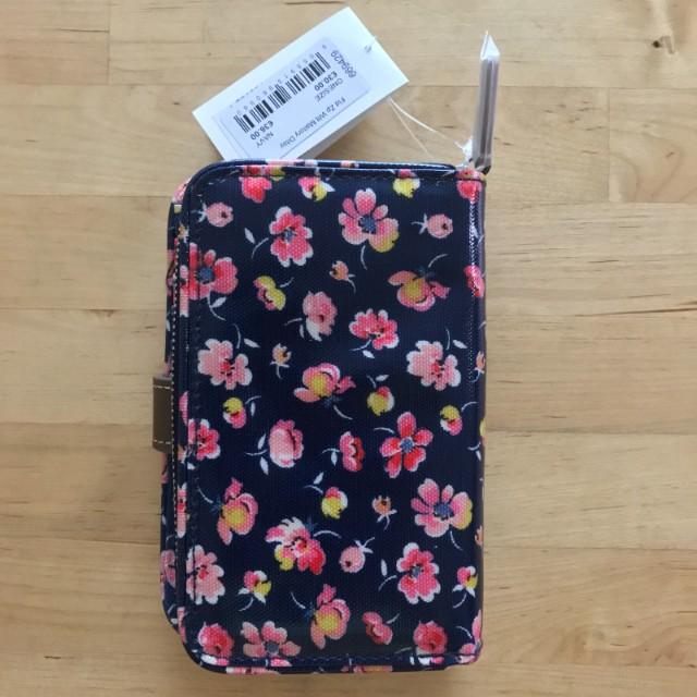 BNWT Cath Kidston Mallory Ditsy Folded Zip wallet (Navy)