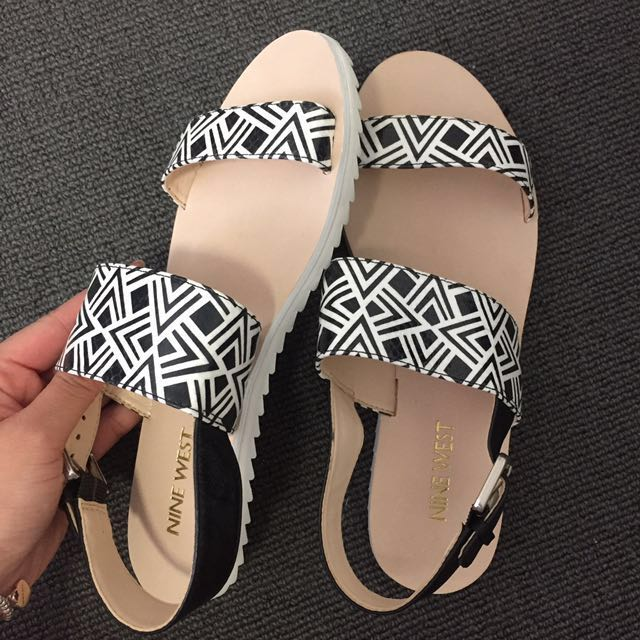 BRAND NEW black and white sandals
