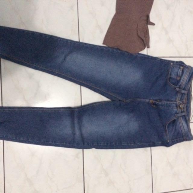 Celana levis&baju