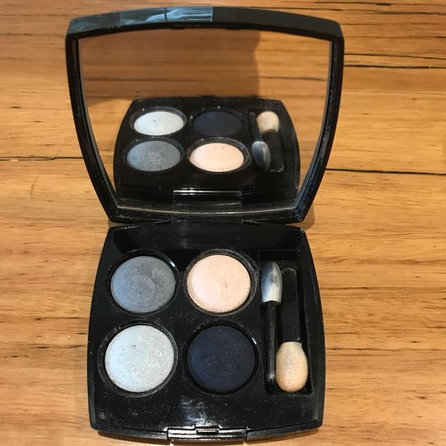 Chanel eyeshadow LES 4 OMBRES barely used
