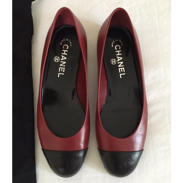 Chanel flat shoes (AUTHENTIC)