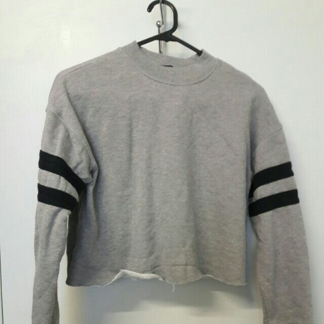 Forever 21 Cropped Grey Sweater with Two Stripes