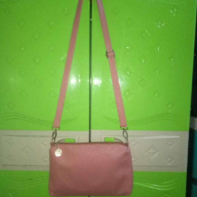 Kimbel sling bag *repriced