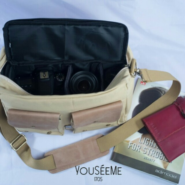 Leather-Canvas Camera Bag in Creme