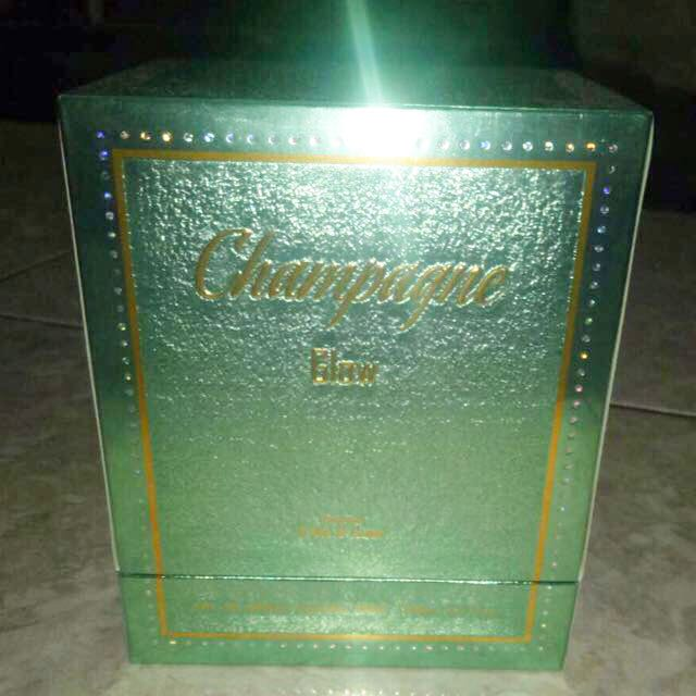 LOVE IN MOTION PARIS PERFUME CHAMPAGNE GLOW