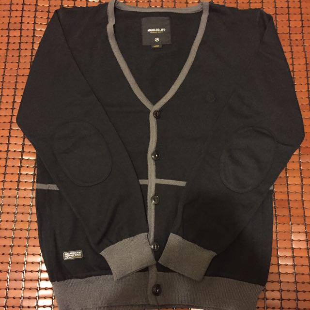 MANIA Co LTD 毛衣外套