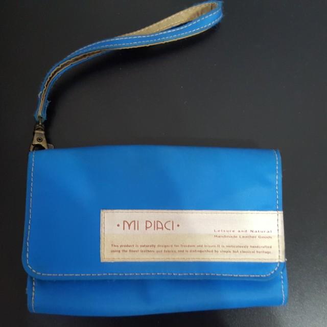 Mi Piaci 革物心語-百貨專櫃-手機零錢包手拿包護照包鈔票卡包