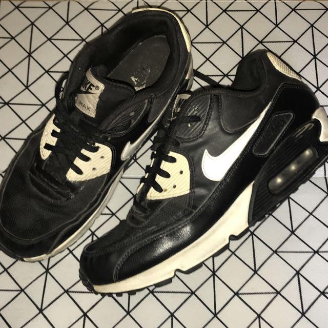 Nike • Air Max