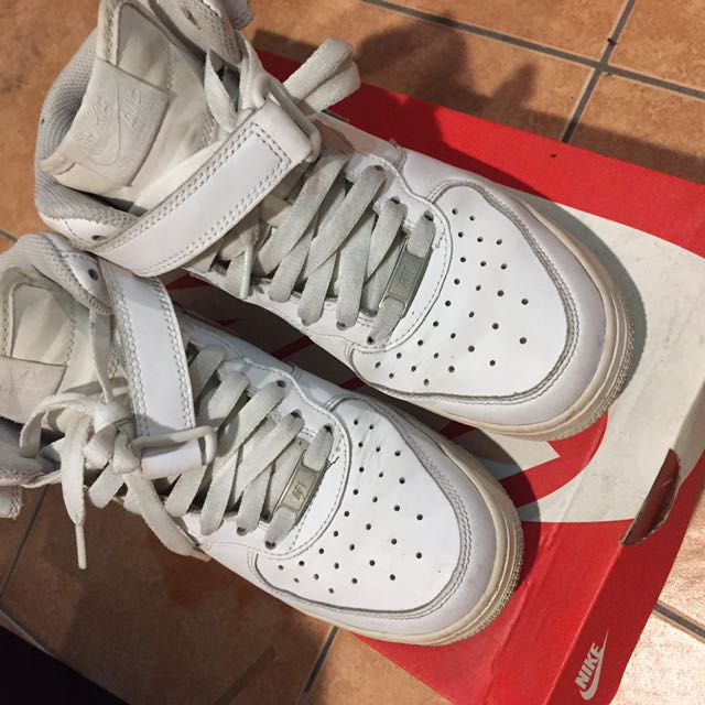 Nike Air Force 高筒