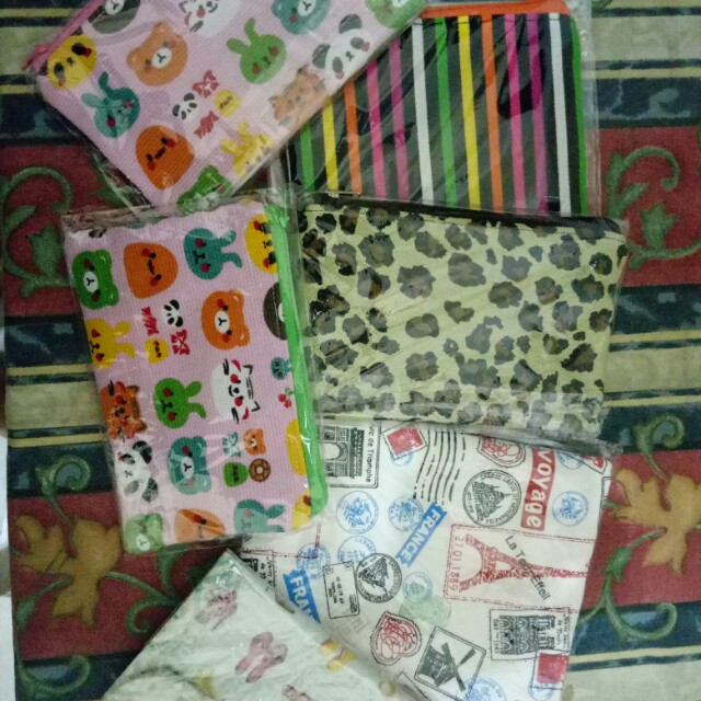 Pouch make up harian