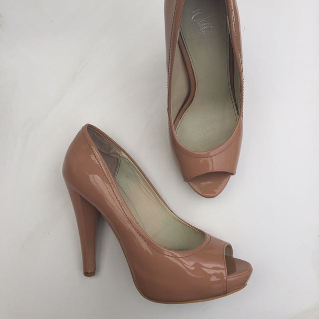 Wittner Patent Heels - Size 36 Nude Peach