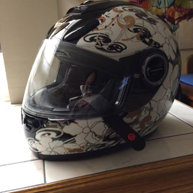 Women's Scorpion Helmet