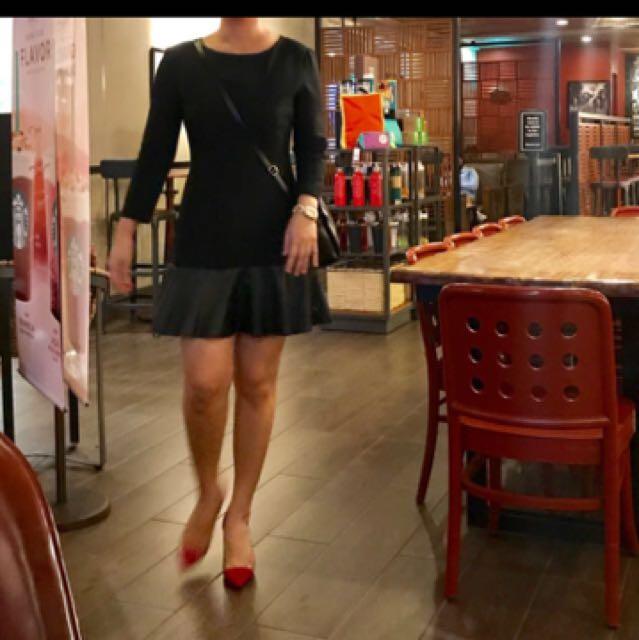 Zara woman flounce dress