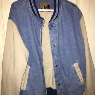 Large khaki sleeved denim jacket