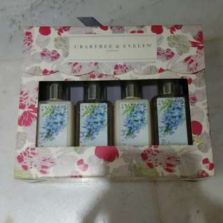 crabtree and evelyn wisteria miniature body care set...